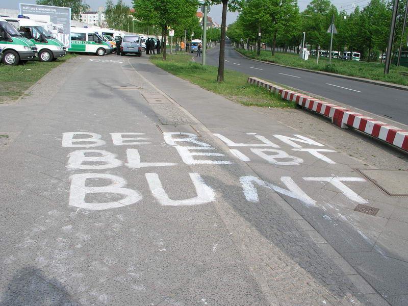 Berlin bleibt bunt!