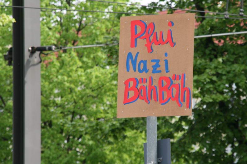 pfui-nazi2