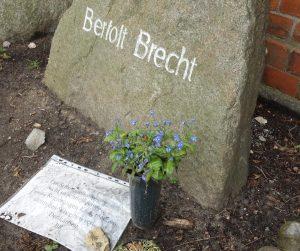 Brechts-Grab auf dem Dorotheenstädtischen Friedhof Berlin