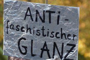 Antifaschistischer Glanz